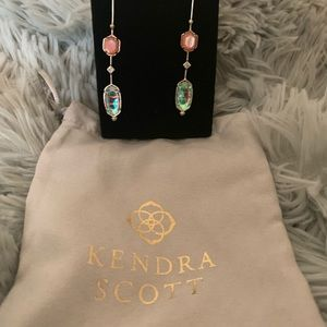 NWOT Kendra Scott gold custom earrings